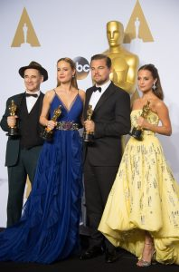 Oscar®-winners Mark Rylance, Brie Larson, Leonardo DiCaprio and Alicia Vikander pose backstage with the Oscar® for Achievement in acting during the live ABC Telecast of The 88th Oscars® at the Dolby® Theatre in Hollywood, CA on Sunday, February 28, 2016.